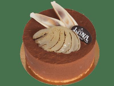 tort-gruszkowy-ciemny-biszkopt-bita-smietana-gruszki